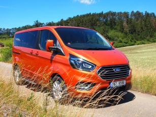 Ford Tourneo Custom Titanium PHEV L1 hybrid