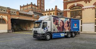 Renault Trucks D Wide Z.E. pro Carlsberg Group.