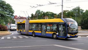 Kloubový trolejbus Škoda 33Tr