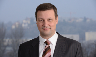 Generální tajemník Česmad Bohemia, Vojtěch Hromíř