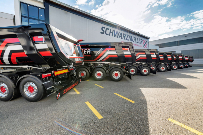 Vozidla značky Schwarzmüller jsou navržena tak, aby v každodenním provozu přinášela větší přidanou hodnotu.
