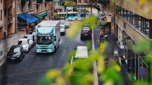 ICA Sweden začíná svou cestu elektrifikace s Volvo Trucks