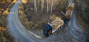 Společnost Scania představuje RB662 jako zvedací a odpojitelnou tandemovou nápravu.