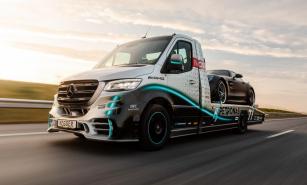 Mercedes-Benz Sprinter 319 Petronas Edition