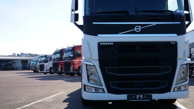 Společnost Volvo Trucks v Evropě představuje novou platformu pro online vyhledávání použitých nákladních vozidel.