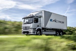 Mercedes-Benz eActros přijíždí v sériové podobě