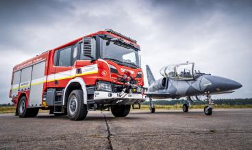 Hasičský speciál Scania s nástavbou od společnosti Kobit zařadila do svého vozového parku hasičská jednotka na letišti Praha – Vodochody.