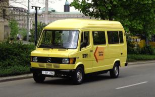 Mercedes-Benz 307 E přímo vycházel z modelové řady dodávek TN, známé také jako T1.