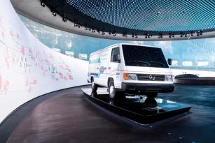 Mercedes-Benz NECAR v expozici továrního muzea ve Stuttgartu.