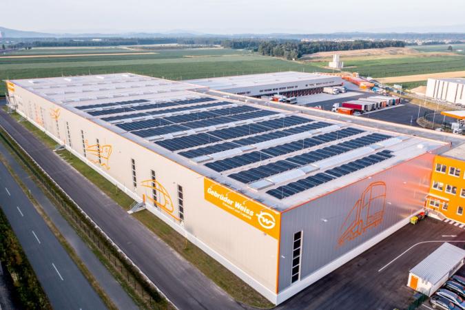 Gebrüder Weiss navyšuje kapacitu svých solárních elektráren