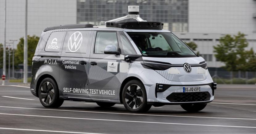 Volkswagen Užitkové vozy, Argo AI a MOIA prezentují první prototypy ID.BUZZ pro autonomní jízdu.