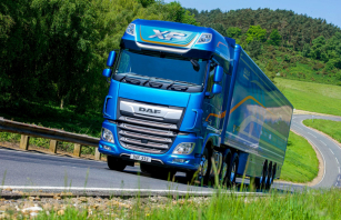 "Hattrick DAF XF titulu ""Fleet Truck of the Year"""
