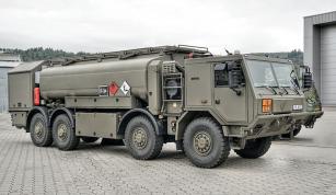 Cisternové vozidlo CAPL-16M1 na podvozku TATRA FORCE 8x8.