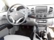 Pracoviště řidiče je pohodlné, volant je standardně výškově seřiditelný